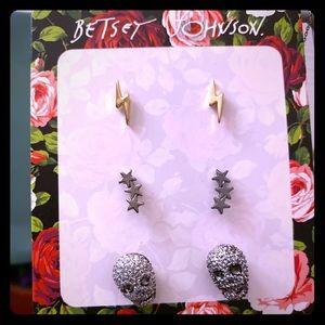NWT ⚡️⭐️💀 Betsey Johnson Earrings 💀⭐️⚡️